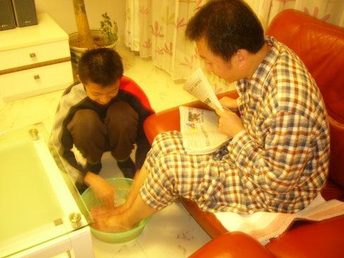 为爸爸洗脚作文500字
