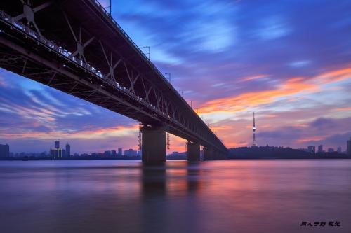 游览武汉长江大桥作文600字